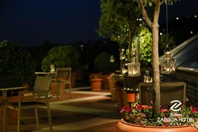 bar-athens-hotel-night-th.jpg