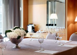athenszafoliahotel26166_meeting_room-small.jpg